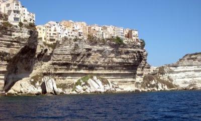 Bonifacio : une ville à visiter absolument en Corse du Sud