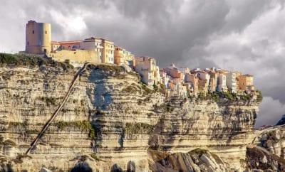 L'escalier du roi d'Aragon : une étape indispensable lors de votre visite de Bonifacio