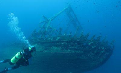 5 spots de plongée épave en Corse