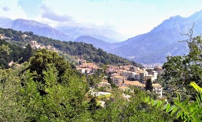 Visiter le village de Vico en Corse