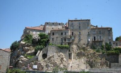 Visiter Sartène dans le Sud de la Corse