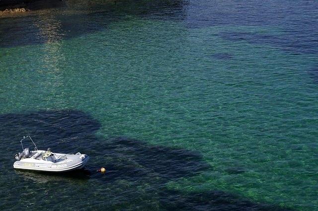 location d'un bateau à la journée en Corse (2)